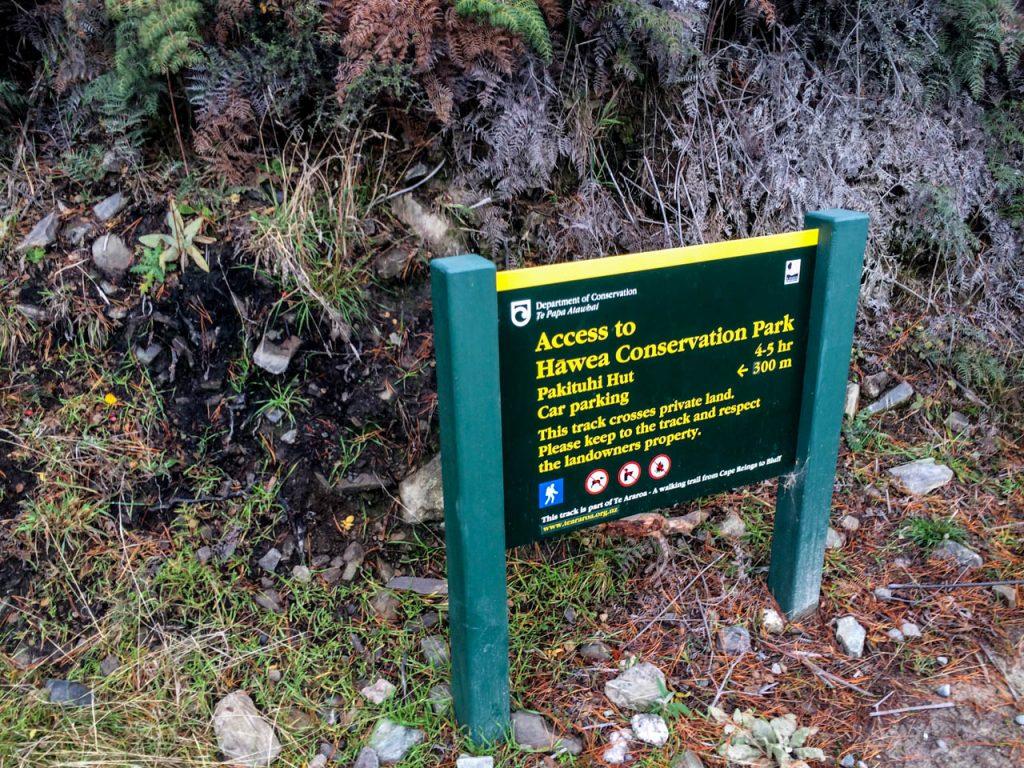 Hinweisschild am Breast Hill Track