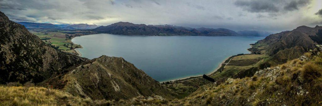Panoramabild von Lake Hawea