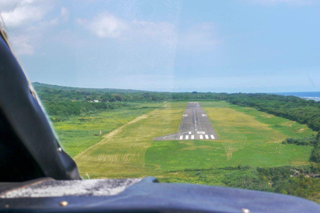 Landeanflug auf die Insel Tanna
