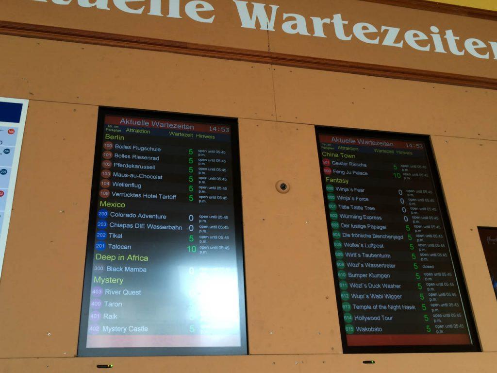 Wartezeiten Monitore im Phantasialand