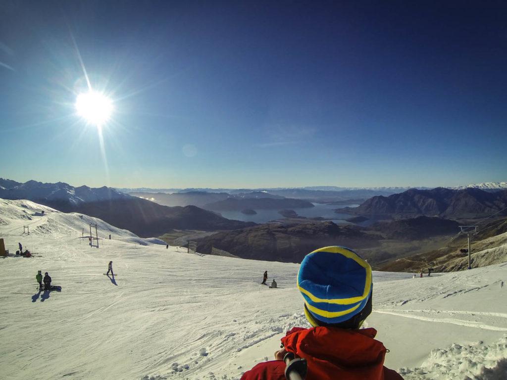 Sonnenschein im Skigebiet Treble Cone, Wanaka